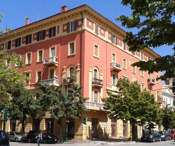 Eliminare l'umidità dei muri a Palazzo Rosso, Pescara