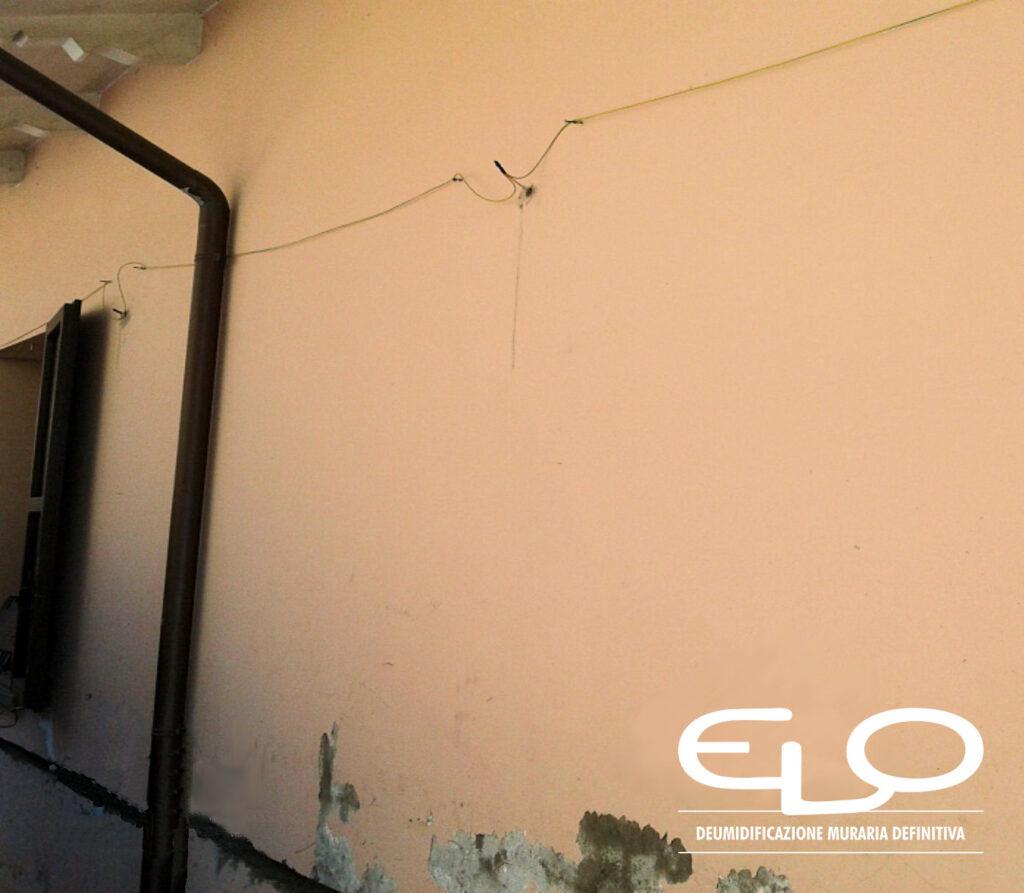 Deumidificazione muraria con sistema misto Elo - elettrodo provvisorio montato