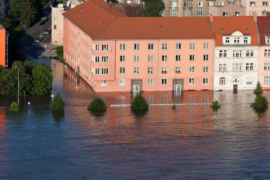 Asciugatura dei muri in caso di inondazioni allagamenti esondazioni e alluvioni