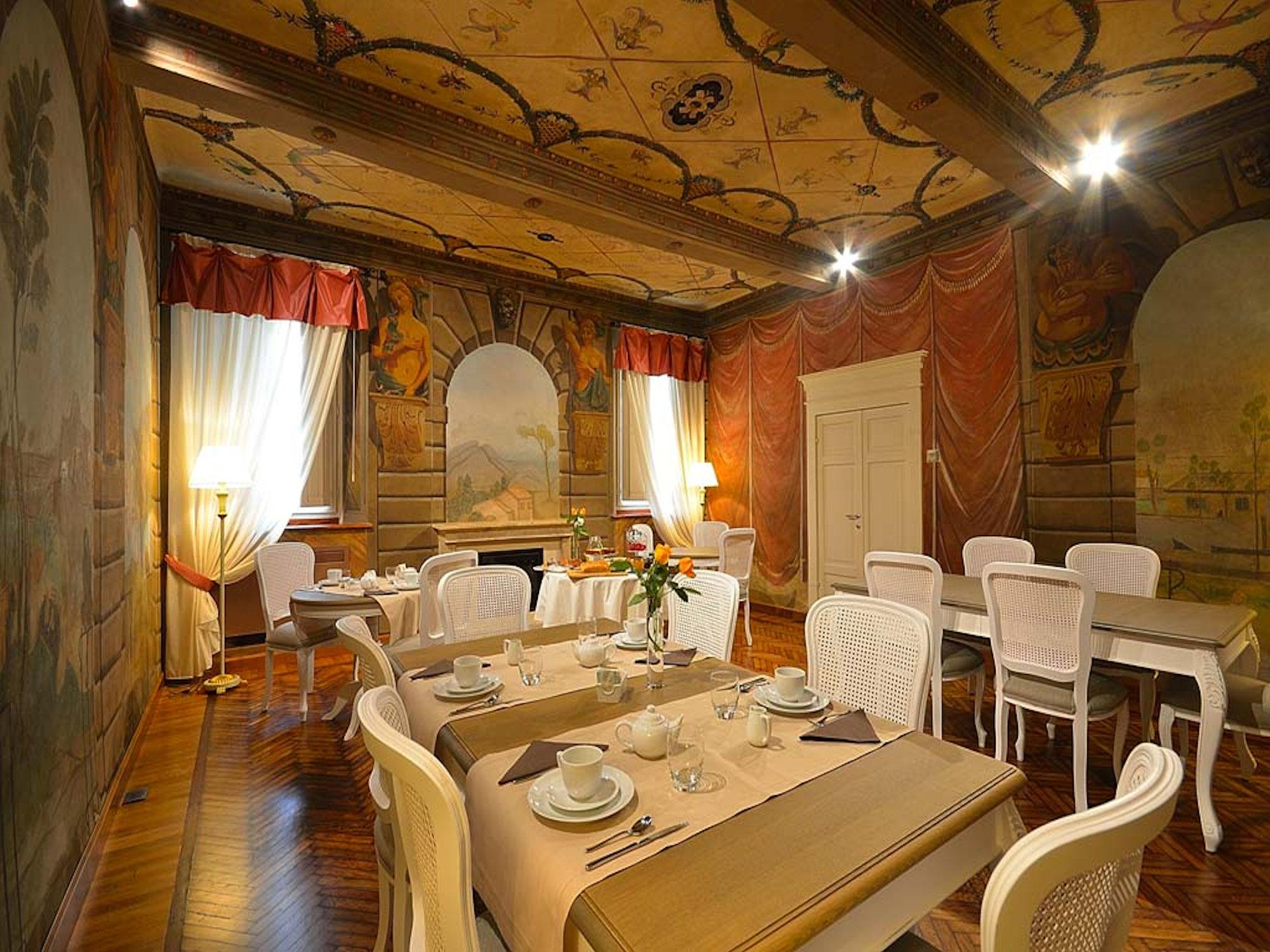 Antica Dimora Ostiglia Mantova sala da pranzo colazioni dopo il restauro
