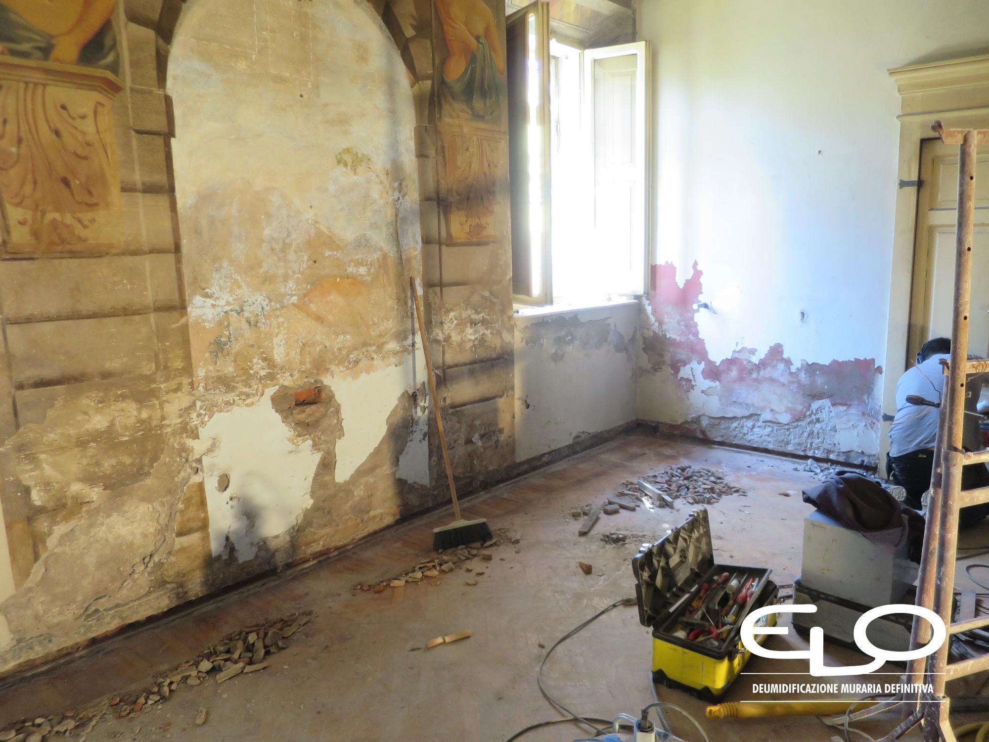 Ristrutturazione deumidificazione antica Dimora ostiglia sala da pranzo colazioni prima del restauro