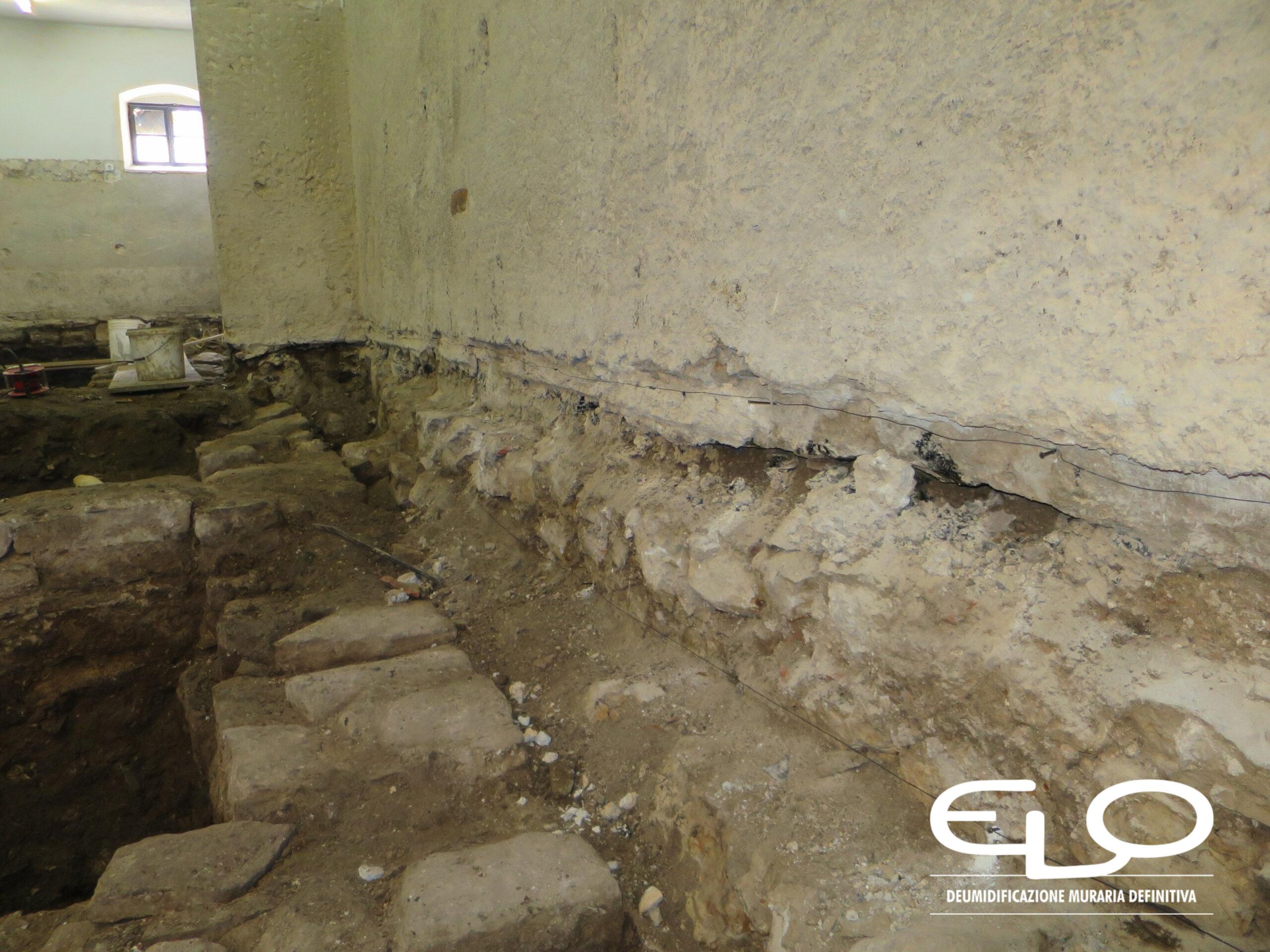 Deumidificazione di Palazzo storico in Croazia Parenzo Porec installazione elettrosmosi